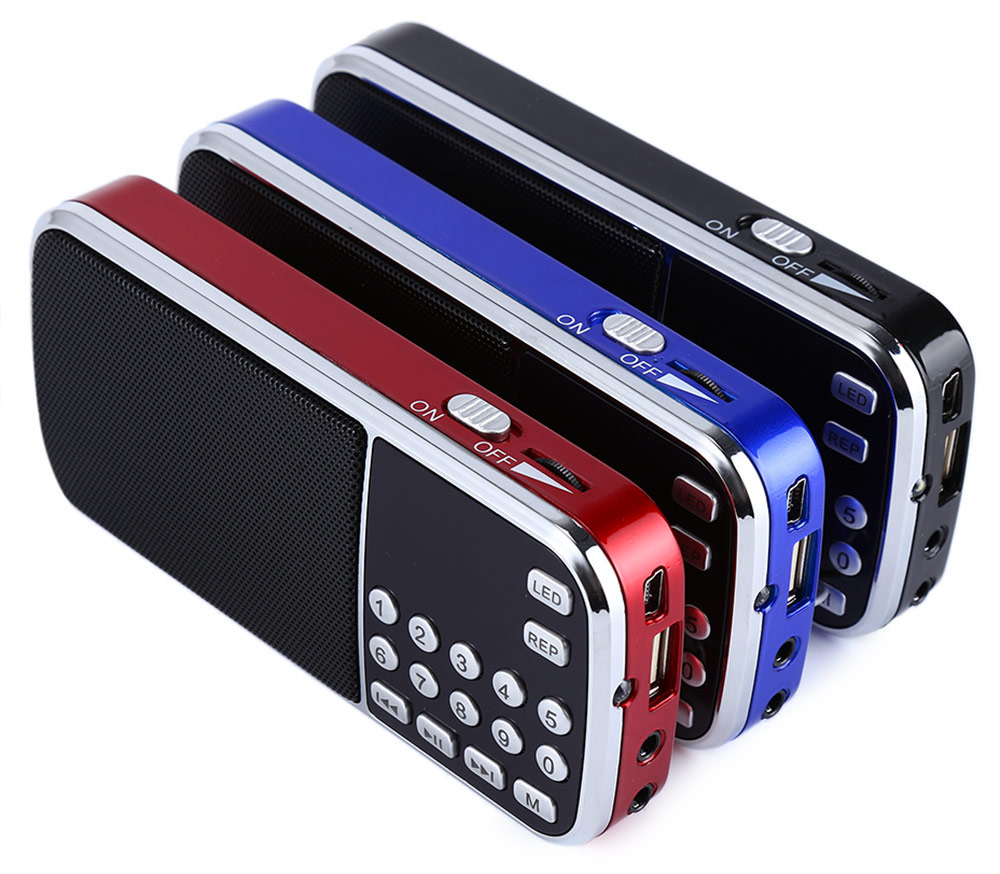 L-088 Portable Digital Stereo FM Mini Radio Speaker Music Player with TF Card USB AUX Input Sound with flash light