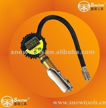AIR TIRE INFLATOR WITH HIGH ACCURATE DIGITAL PRESSURE GAUGE WITH CLIP CHUCK