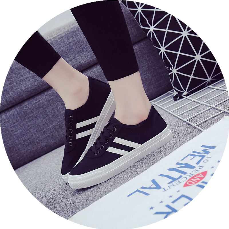 2017 new female students college wind cloth flat white and black board canvas shoes