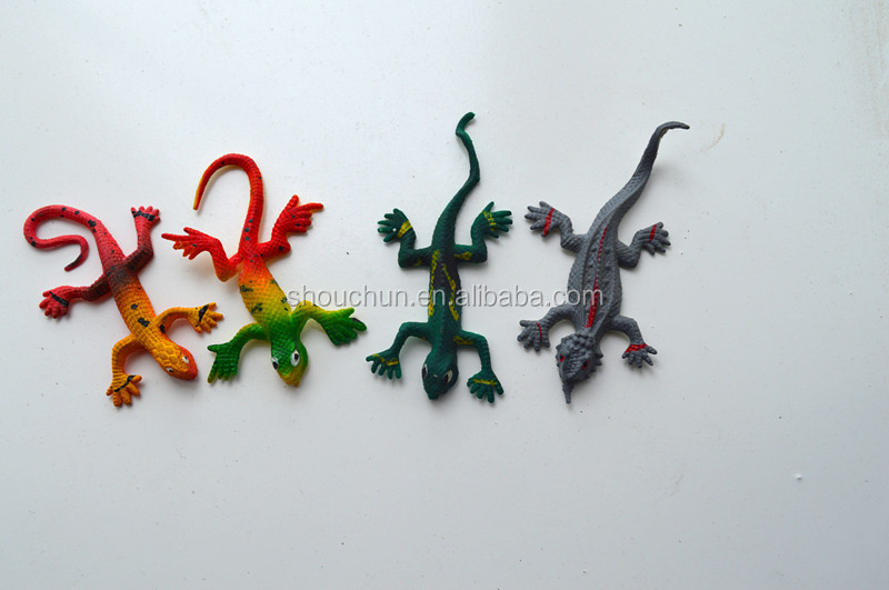 TPR sticky small colorful house lizard promotion toys