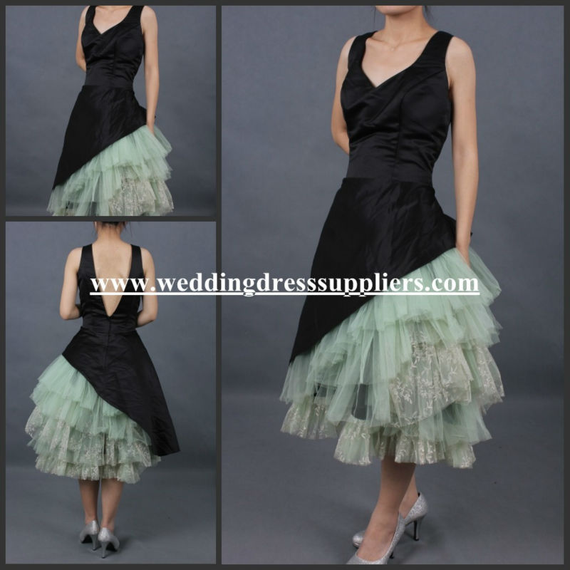 SE16 New Style 2012 V-neck Black Lace Short Fashion Lady Prom Dress In Stock