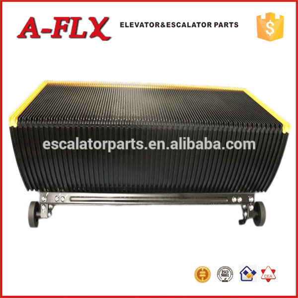 136.8 Escalator Step Chain with Axle for Elevator Parts