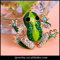 Hottest Fashion Green Alloy Frog Brooch For girls