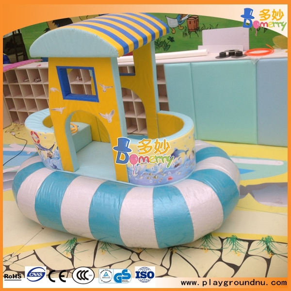 2015 new arrival popular small games center indoor soft for Indoor play structure prices