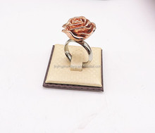 Rose gold Exquisite King And Queen Ring Jewelry Ladies Gold Finger Ring Rose Shaped Ring