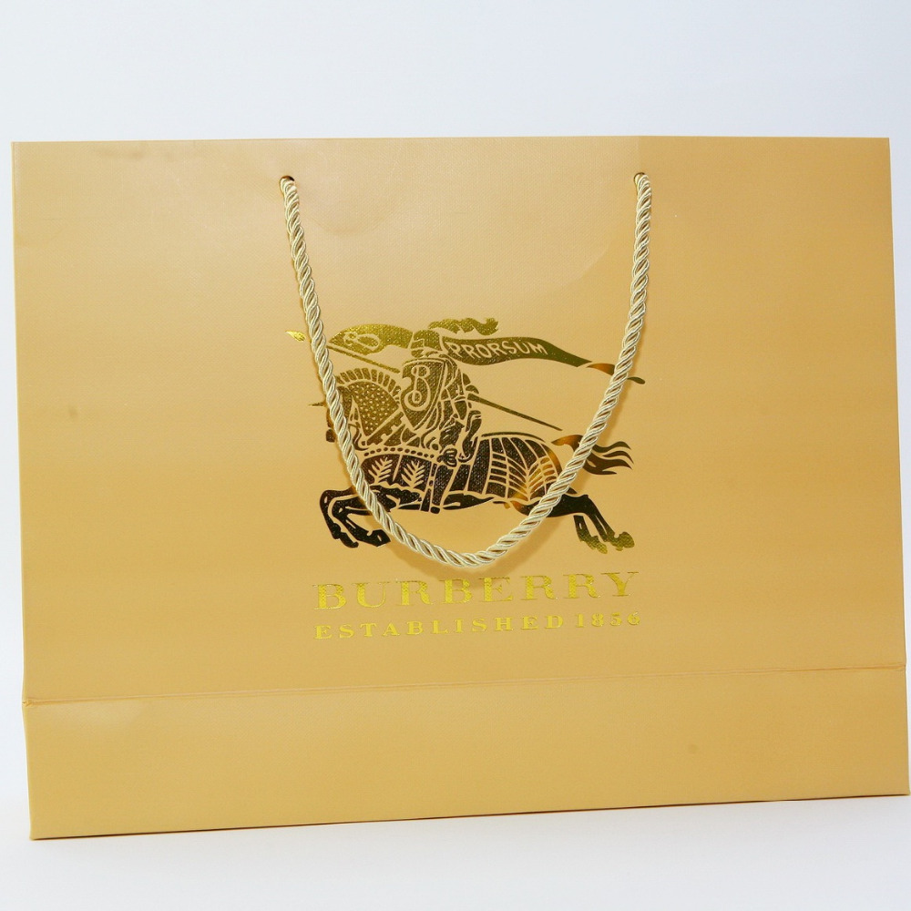 latest design contracted natural and easy economic and practical paper bags with handles gift