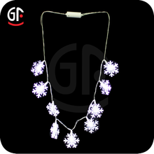 Fashion Girls Party Decoration Flashing Led Christmas Snowflake Necklace