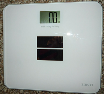 Solar Energy LCD Backlit Digital Bathroom Health Scale Electronic Body Scale 180kg