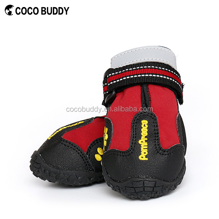 Top quality waterproof rainy pet shoes/dog boots/pet dog products