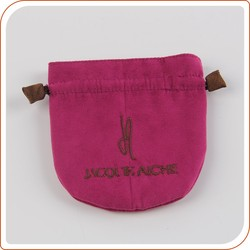 Manufacturing custom velvet pouch bag for jewelry