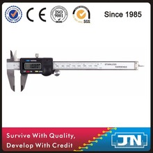 "Digital vernier caliper 150mm/6"" with high accuracy"