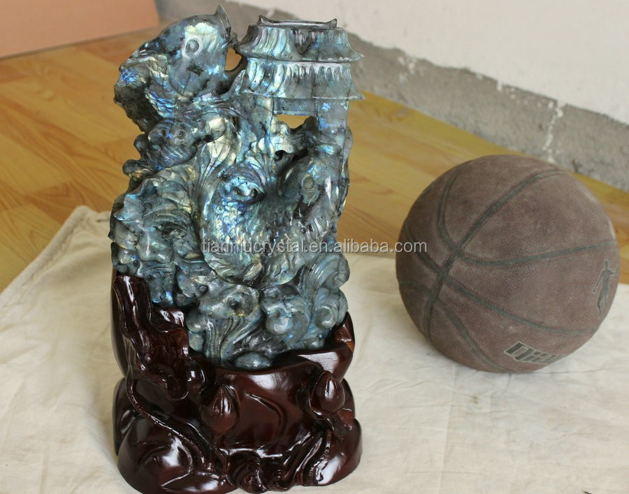 Natural Labradorite Crystal Fishes Carved Healing China, Blue Gem Stone Crystal Sculpture.