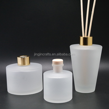 Hot sale frosted round glass perfume bottle empty aroma diffuser bottle