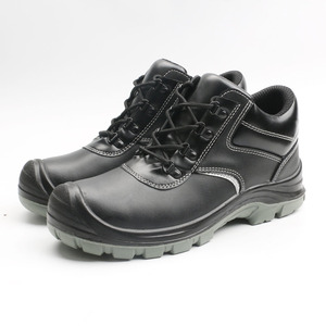 Light weight steel toe cap construction leather woodland industrial safety shoes in india