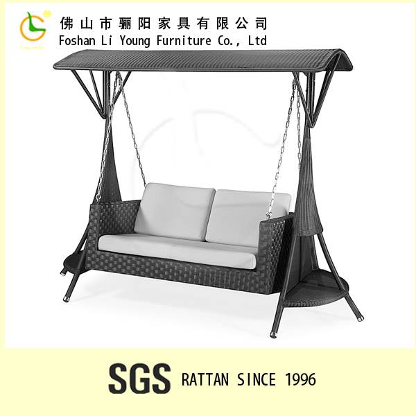 Hot sale outdoor garden wicker furniture outdoor rattan luxury patio swing