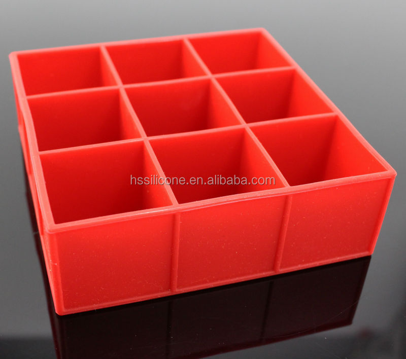Easy pop out silicone ice trays