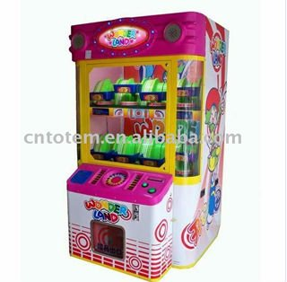 toy prize vending machine with coin opp