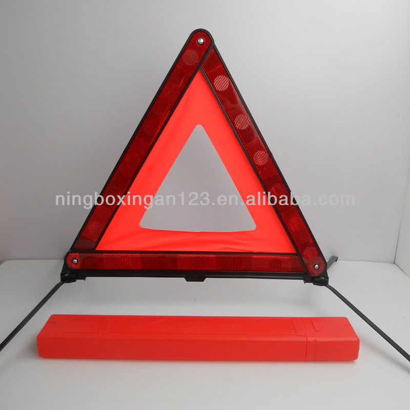 roadway safety reflectors