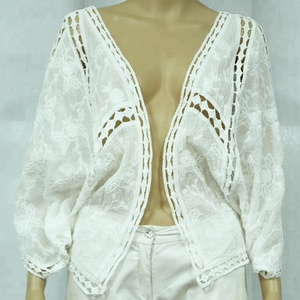 White paisley chiffon blouse lace hollow out bat sleeve cardigan kimono
