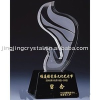 new design crystal pigeon award in crystal crafts