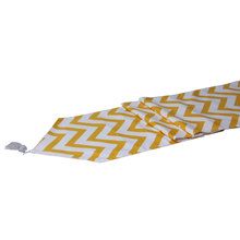 Wholesale price custom size yellow color canvas hotel beautiful table runners