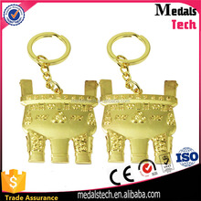 Factory direct Design classical znic alloy customlized gold plated keychain for airports