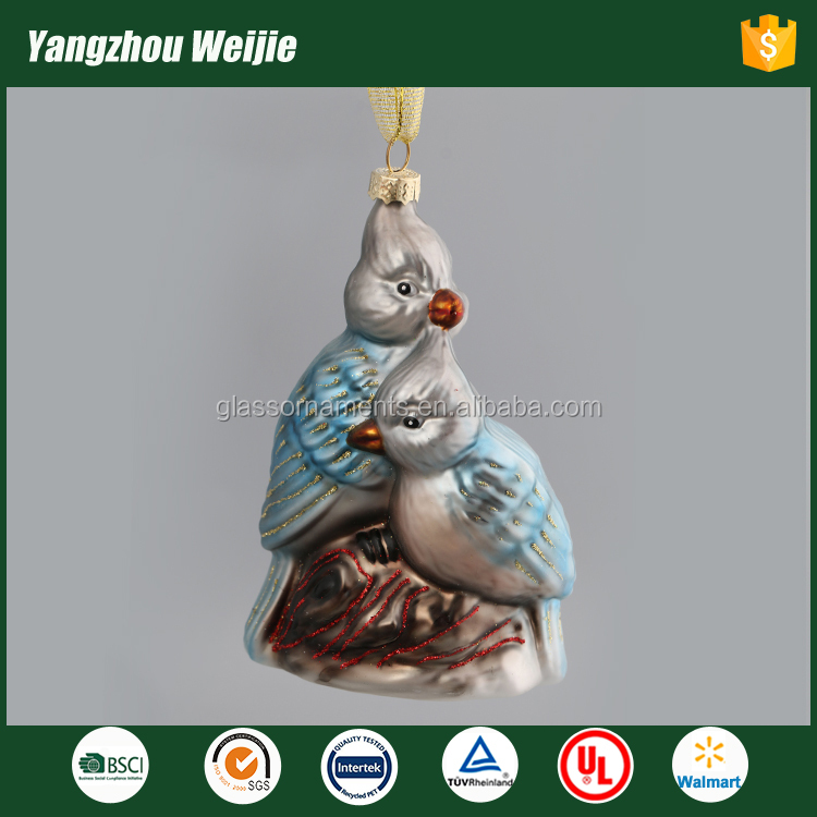 China Yangzhou product hand blown glass bird