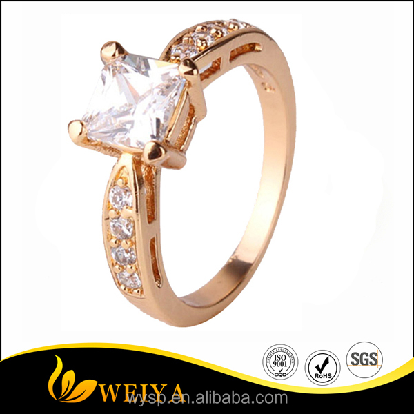 Hot Sales Fashion 18K Gold Plated Cheap Wedding Rings with Zircon For Women