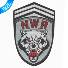 Custom iron on wolf woven patch labels