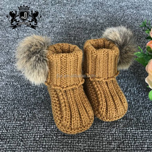 Various colors available babyshoes rabbit fur ball crochet knit baby girl shoes