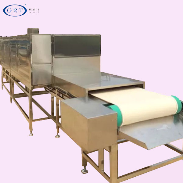 Factory direct selling belt-type microwave dryer for peanuts and soybeans