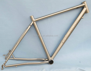 Titanium frame with Internal routingcables