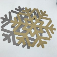 PVC placemats snow sliver and gold