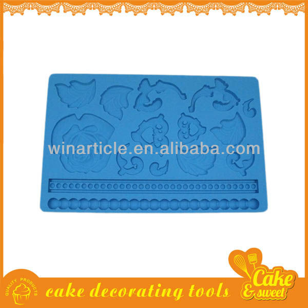 Mini silicon cake mould for baking