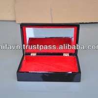 Luxury Lacquer Jewelry Box With Mirror