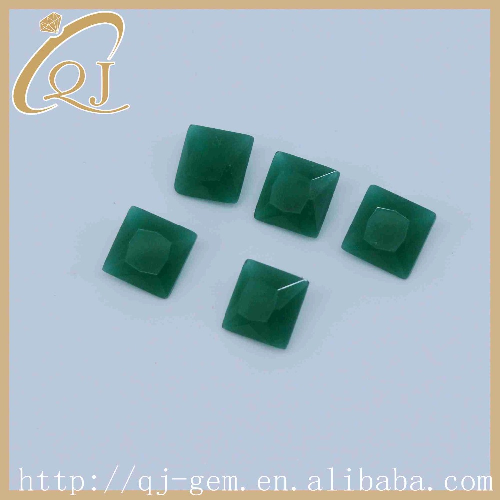 Wholesale 3.5*3.5mm square cut Malay jade glass with sand bottom