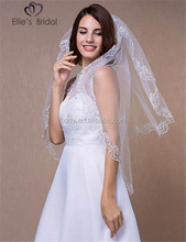 2015 fashion Cathedral/Regal Wedding Veil With Appliqued Lacework Long Graceful Lace Bridal veil