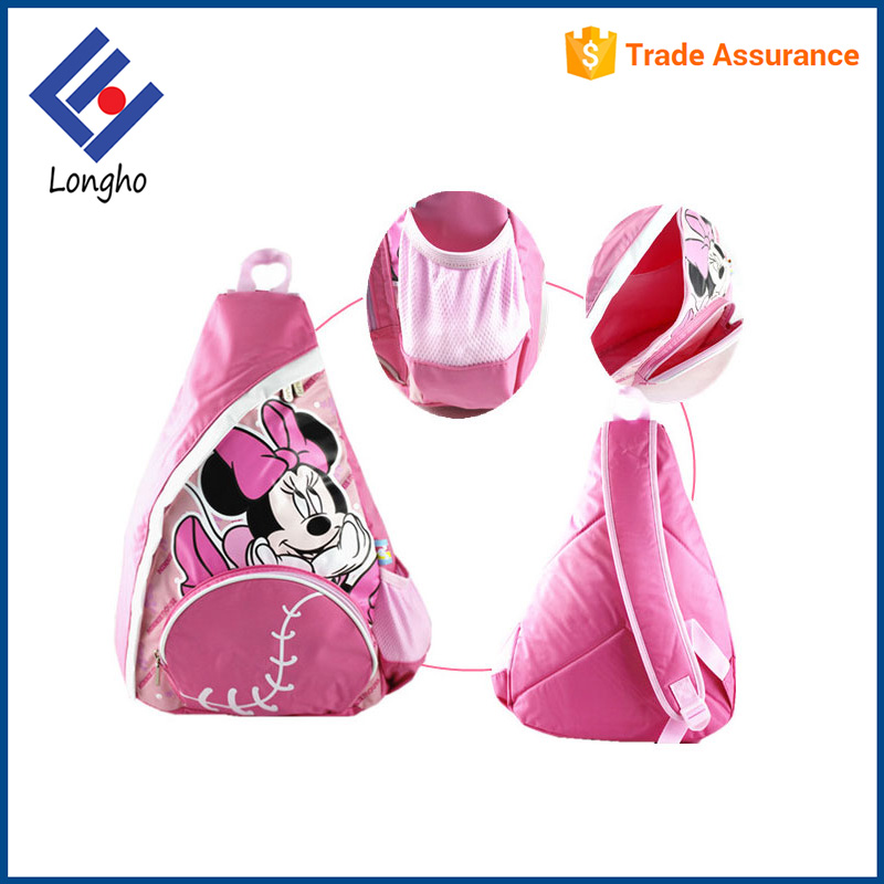 Hot new products front & side pockets triangle shaped bag comfort foam padded kids cartoon sling bag