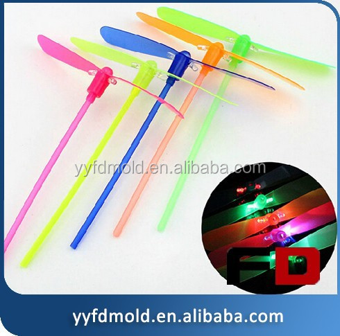 Luminous charged light plastic bamboo dragonfly Manual flying toy mould pupils toy mould manufacturing
