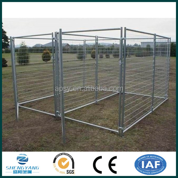Metal tube stye dog kennel with shade roof