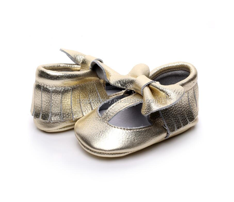 2017 new arrival wholesale shiny gold t-bat soft sole baby leather shoes