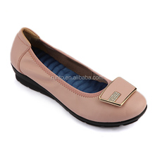 2016 New Arrival Fashion Ladies Footwear Women Low Price Pink Color Cow Leather Casual Shoes
