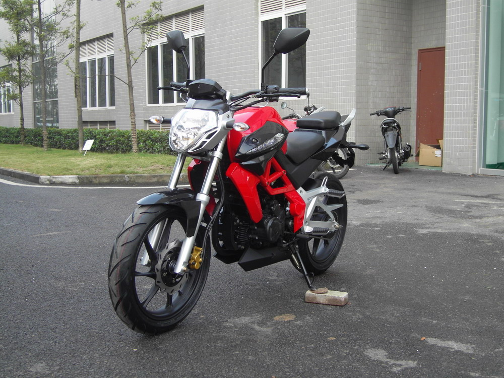 Impressive newest model suitable prce street sport bike 250cc motorcycle