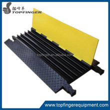 Good 5 Channel cable ramp/rubber road ramps/cable protector for outdoor event