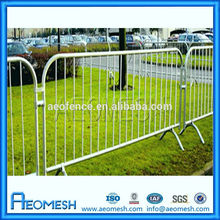 2014 AEO Fashional design portable barricades/retractable barricades/steel crash barrier