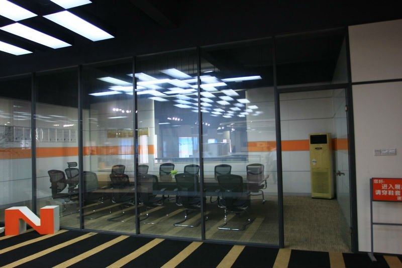 2013 Office Partition Walls