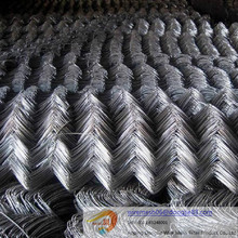 Dongjie High quality hot dipped galvanized chain link fence/vinyl coated 5ft chain link fence/chain link fabric