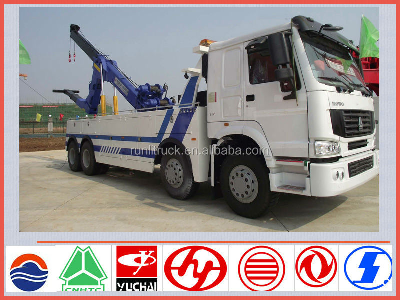 China sinotruck howo 8*4 50t rotator heavy duty tow truck for sale in uae