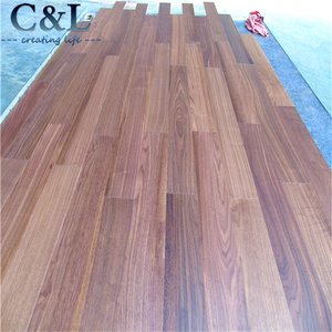 UV prefinished A grade American black walnut engineered wood flooring