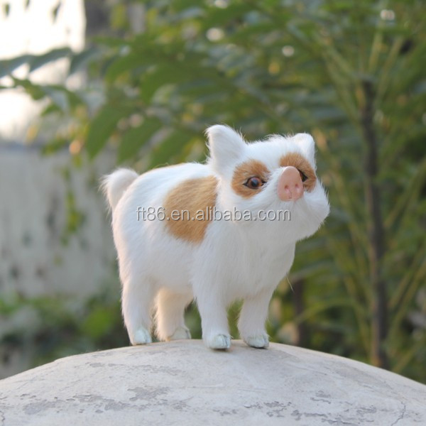 cheap price plastic small animal toy pig